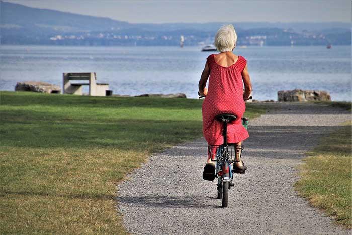 types of adaptive clothing for seniors